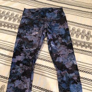 Lululemon 7/8 length leggings Size8